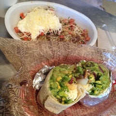 Photo taken at Chipotle Mexican Grill by Banan H. on 8/28/2012