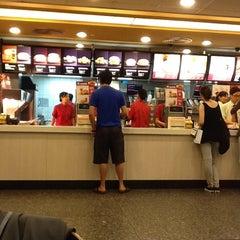 Photo taken at McDonald's 麦当劳 by Eddie C. on 7/10/2012
