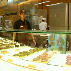 Photo taken at J.Co Donuts & Coffee by Dion D. on 4/27/2012
