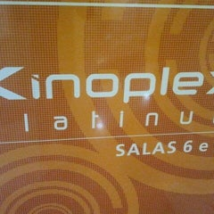 Photo taken at Kinoplex by Vinicius N. on 3/24/2012