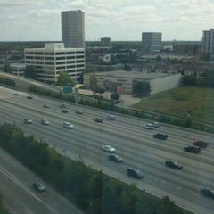 Photo taken at Sheraton Suites Houston Near The Galleria by Mark L. on 6/3/2012