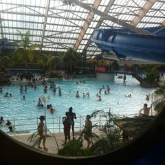 Photo taken at Aquaboulevard by Roberto R. on 6/23/2012