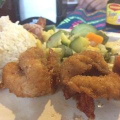Photo taken at El Amigo Miguel by Estefania on 8/4/2012