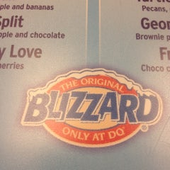 Photo taken at Dairy Queen by Daniel P. on 3/20/2012