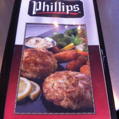 Photo taken at Phillips Famous Seafood by Phil M. on 4/10/2012