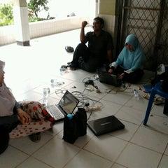 Photo taken at Universitas Jambi (Mendalo) by dzh s. on 8/26/2012