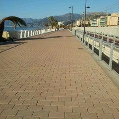 Photo taken at Passeggiata Bordighera-Vallecrosia by Fabius ♌ T. on 3/1/2012
