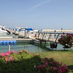 Photo taken at Sunset Beach Resort | منتجع شاطئ الغروب by F on 4/9/2012