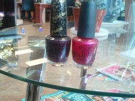 ST Nails