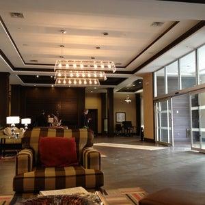 Four Points by Sheraton Edmonton Gateway