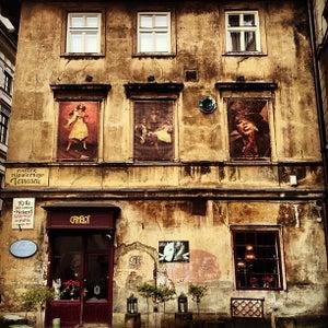 Café Camelot