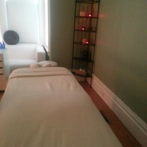 Mais Oui Massage & Spa Cottage