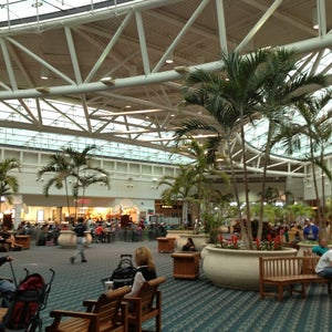 Photo of Orlando International Airport (MCO)