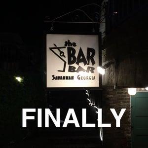 crossdresser bar drag tranny club mn