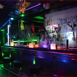 CDL bar lounge club