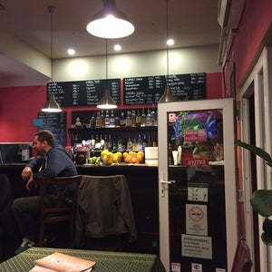 Parázs Presszó Thai-Hungarian Restaurant & Café