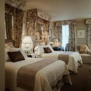 Photo of Eliot Hotel