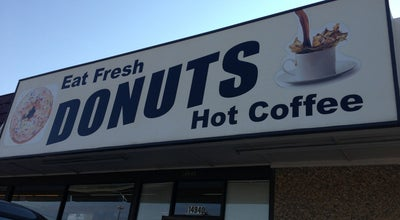 Photo of Donut Shop Country Style Donuts & More at 1001-1033 S Webbs Chapel Rd, Carrollton, TX 75006, United States