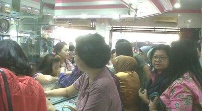 "Photo of Jewelry Store Toko Mas ""Bali"" at Jalan Kyai Haji Wahid Hasyim, Semarang, Indonesia"