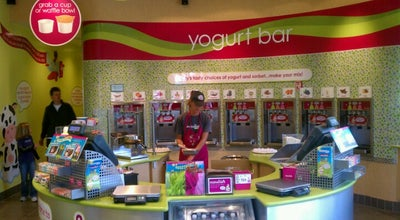 Photo of Ice Cream Shop Menchies at 8221 S Holly St, Littleton, CO 80122, United States
