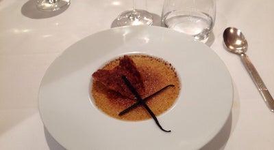 Photo of French Restaurant La Luna at 69 Rue Du Rocher, Paris 75008, France