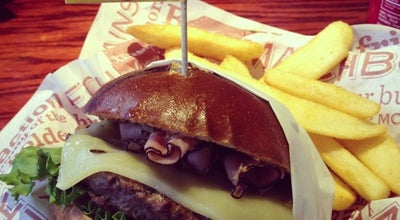 Photo of Burger Joint Red Robin Gourmet Burgers at 2720 Carl T Jones Dr Se, Huntsville, AL 35802, United States