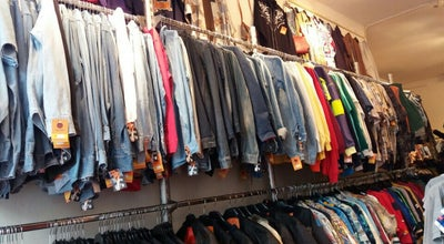 Photo of Clothing Store Bij Ons Vintage at Reestraat 13, Amsterdam, Netherlands