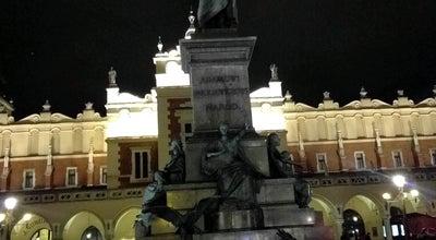 Photo of Monument / Landmark Pomnik Mickiewicza at Rynek Główny, Kraków, Poland