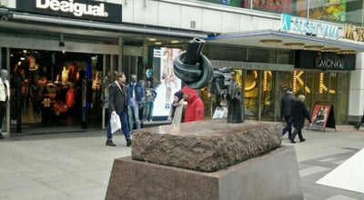 Photo of Outdoor Sculpture Non-violence at Sergelgatan 11, Stockholm 111 57, Sweden