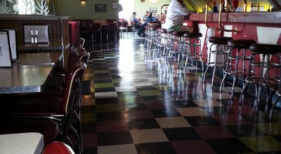 Photo of Pizza Place The Quonset at 2602 Grand Ave, Waukegan, IL 60085, United States