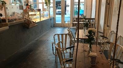 Photo of Coffee Shop Maman at 80 Kent St, New York, NY 11249, United States