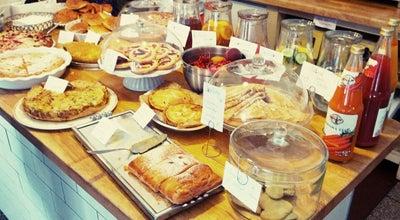 Photo of Cafe Bistro 8 at Veverkova 8, Praha 170 00, Czech Republic