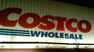 Photo of Warehouse Store Costco at 3250 Vernon Blvd, Long Island City, NY 11106, United States
