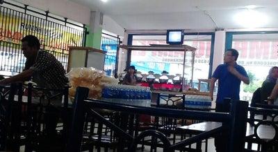 Photo of Asian Restaurant Rumah Makan Simpang Ampek at Jl.p.diponegoro, Indonesia