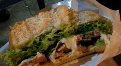 Photo of Burger Joint Ava Lanches at R. Leopoldo De Bulhões, 1083, Catalão 75704-250, Brazil