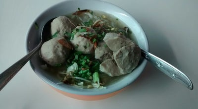 Photo of Ramen / Noodle House Bakso  & Somay KANG OTOY at Jl.k.h. Agus Salim-gorontalo, Gorontalo, Indonesia