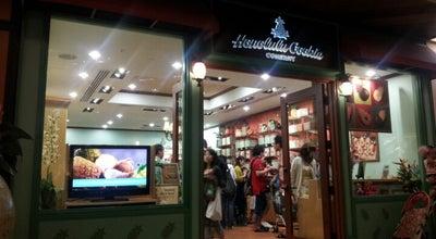 Photo of Bakery Honolulu Cookie Company at 358 Royal Hawaiian Ave, Honolulu, HI 96815, United States