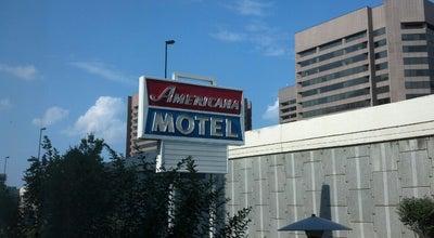 Photo of Hotel Americana Hotel at 1400 Jefferson Davis Hwy, Arlington, VA 22202, United States