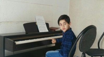 Photo of Music Venue آموزشگاه موسيقي روشن at Iran