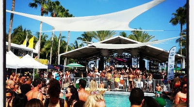 Photo of Music Venue The Pool Parties at The Surfcomber at 1717 Collins Ave, Miami Beach, FL 33139, United States