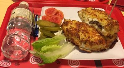 Photo of Burger Joint Burger House | خانه برگر at Vakil Abad Expy, Mashhad, Iran