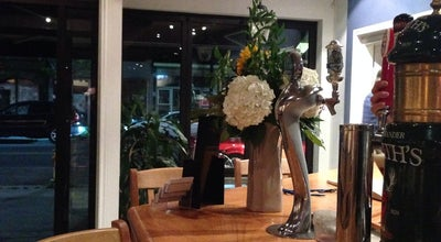 Photo of Italian Restaurant Vesuvio's Pizzeria & Spaghetti House at 3010 Dundas St W, Toronto, ON M6P 1Z3, Canada