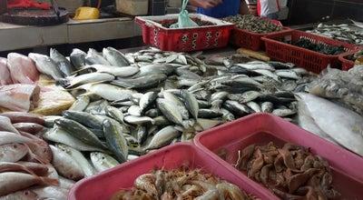 Photo of Fish Market Pasar Sejahtera Ikan Segar Beserah at Beserah, Kuantan, Malaysia