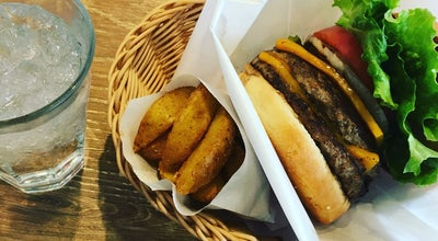 Photo of Burger Joint フレッシュネスバーガー 鎌倉由比ガ浜店 at 由比ガ浜2-3-2, 鎌倉市 248-0014, Japan