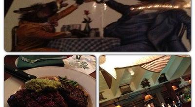 Photo of American Restaurant Clyde's at Mark Center at 1700 N Beauregard Street, Alexandria, VA 22311, United States