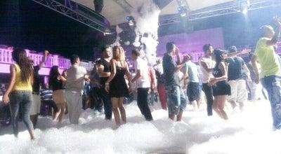 Photo of Music Venue Tiki Disco! at 272 Meserole St, Brooklyn, NY 11206, United States
