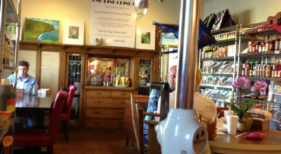 Photo of Hawaiian Restaurant Ono Kine Grindz at 7215 W North Ave, Wauwatosa, WI 53213, United States