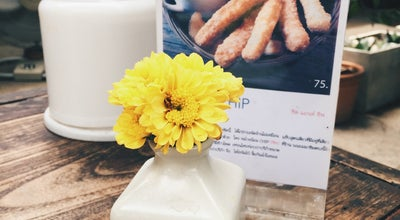 Photo of Cafe รออยู่ตรงนี้ (Raw You Here) at 32 Talat Ton Phayom, Chiang mai 50200, Thailand