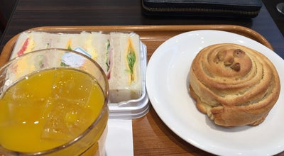 Photo of Bakery 神戸屋ブレッズカフェ 花小金井店 at 花小金井1-10-5, 小平市 187-0002, Japan