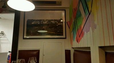 Photo of French Restaurant La Plantxa at 58 Rue Gallieni, Boulogne-Billancourt 92100, France